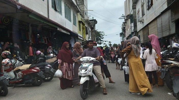 H-3 Idul Fitri 1441 H, Kota Blangpidie Abdya Dipadati Pengunjung