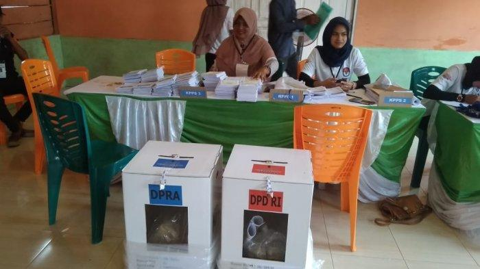 Di Simeulue, Hingga Jelang Siang Ada TPS  belum Mulai Nyoblos, Ini Penyebabnya