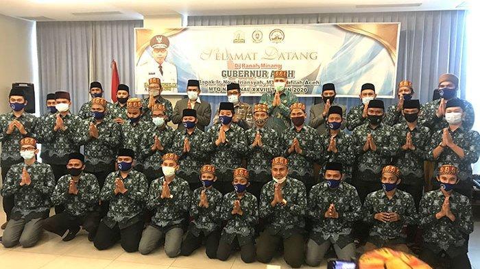 Terbang ke Padang, Gubernur Nova Semangati  Kafilah Aceh yang Berlomba di MTQ Nasional