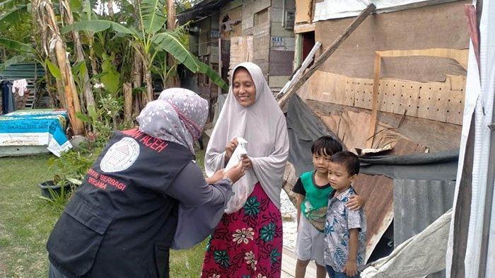Terapkan Protokol Covid-19, TK Ruman Aceh Salurkan Daging Kurban untuk Duafa