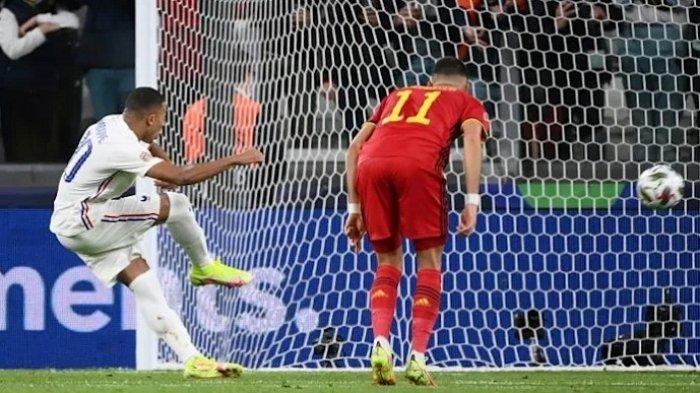 Para Pemain Spanyol Kecam Keputusan Wasit yang Sahkan Gol Kontroversial Mbappe