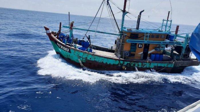 PSDKP Lampulo Banda Aceh Tangkap KM Asing Tidak Berbendera di Laut Langsa, 4 WNA Myanmar Diamankan