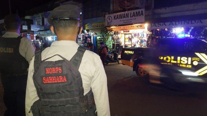 Pedagang di Jalan Diponegoro Ganggu Kelancaran Lalu Lintas, Personel Sabhara Polresta Turun Tangan