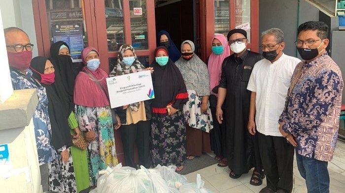 Lemka bersama PLN Aceh bagikan 5000 Paket Sembako