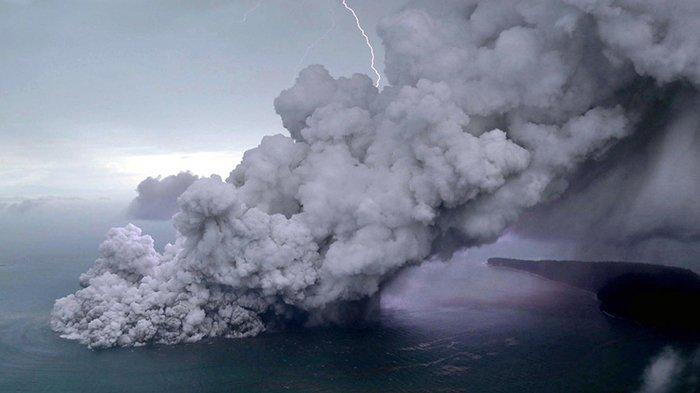 Salah Satu Hal yang Tercatat di Kitab Jawa, Tsunami Selat Sunda Sudah Terjadi 12 Kali