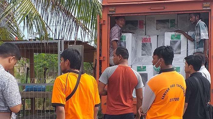 KIP Bireuen Distribusikan Logistik Pemilu