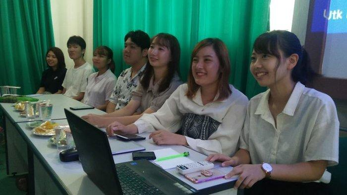16 Mahasiswa Jepang Akhiri Belajar di Umuslim Peusangan Bireuen, 2 di Antaranya Lain dari Yang Lain