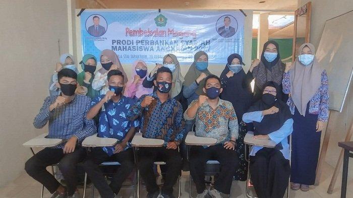 Prodi Perbankan Syariah STAI Tapaktuan Gelar Pembekalan Magang