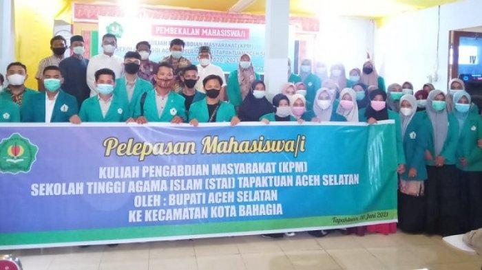 41 Mahasiswa STAI Tapaktuan KPM ke Kota Bahagia, Ini Pesan Bupati Aceh Selatan Saat Pelepasan