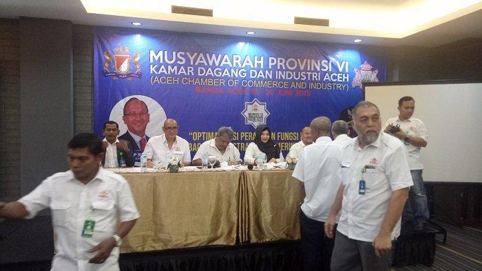Makmur Budiman Resmi Ditetapkan Sebagai Ketua Kadin Aceh