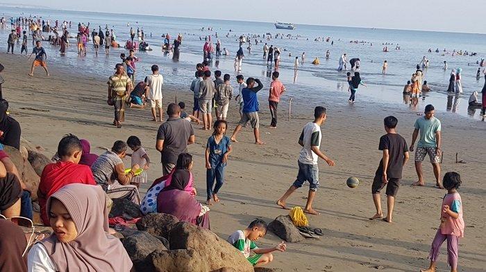 Pantai Mantak Tari Jadi Lokasi Wisata Favorit Warga Pidie