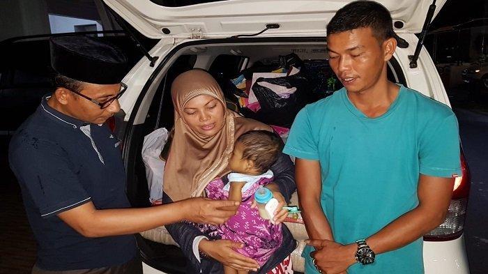 M Arkan, Bayi Perut Besar Beserta Keluarganya Tiba di Jakarta untuk Pengobatan Lanjutan