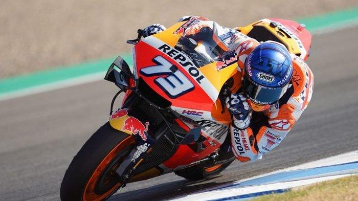 Pembalap Repsol Honda, Alex Marquez saat tampil pada sesi latihan bebas MotoGP Andalusia di Sirkuit Jerez, Spanyol, 24 Juli 2020.