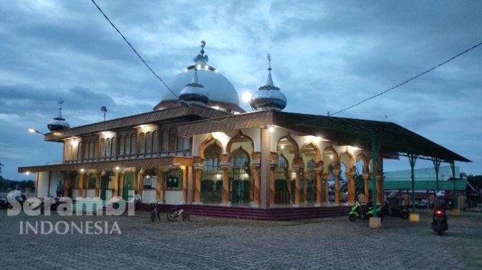Prof Fauzi di Ateuk Pahlawan, Berikut Daftar Khatib dan Imam Shalat Jumat di 61 Masjid Banda Aceh