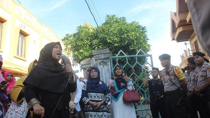 Pendemo Kantor Panwaslih Aceh Sebut Rakyat Merasa Ditipu atas Kecurangan Pilpres