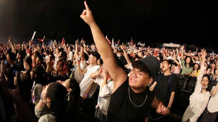 11.000 Orang Berjoget di Festival Musik Wuhan, Klaim Telah Bebas Covid-19