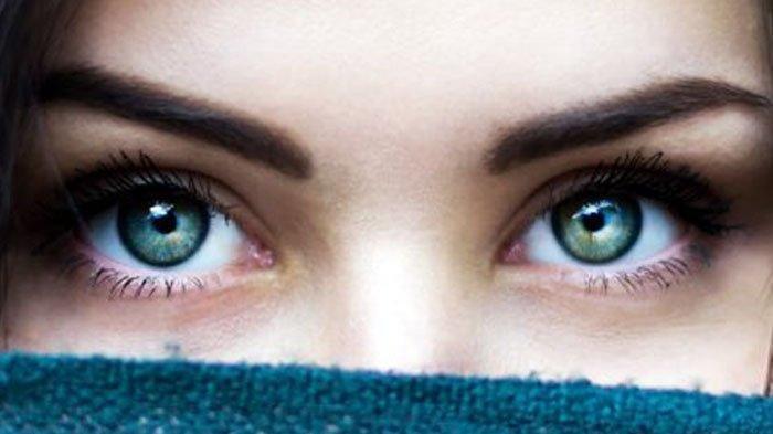 Arti Mata Sering Kedutan? Adakah Kaitannya dengan Kesehatan? Ini Penjelasan Ahli