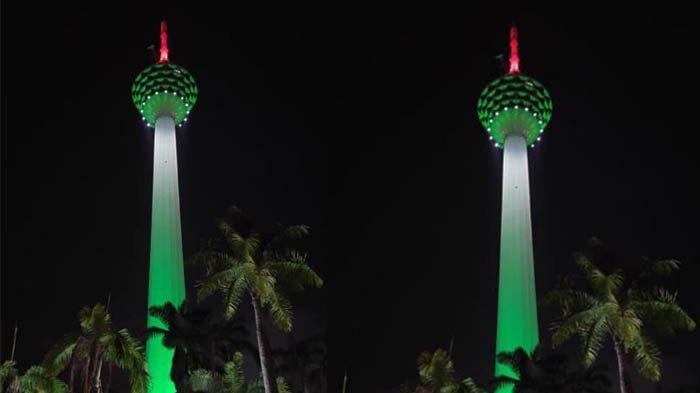 Beri Dukungan ke Palestina, Menara Kuala Lumpur Malaysia Berwarna Seperti Bendera Palestina