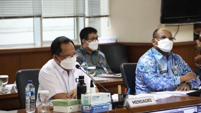 Di Hadapan DPD RI, Mendagri Jelaskan Keserentakan Pusat dan Daerah Jadi Strategi Penanganan Pandemi
