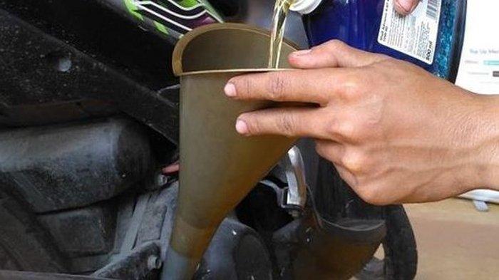 Mengganti Oli dalam Keadaan Mesin Panas, Bolehkah? Simak Penjelasannya Agar Motor Sehat