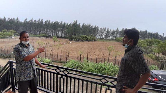 Wakil DPRK Abes Zulfikar Aziz Bina Petani Gampong Baroe Kembangkan Kacang Tanah