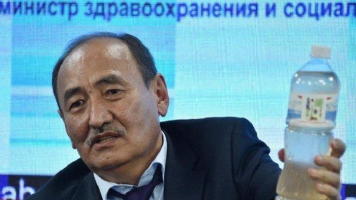 Kirgistan Luncurkan Akar Beracun Sebagai Obat Virus Corona