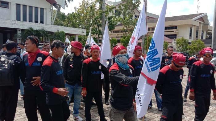 Penyelesaian Gaji Karyawan Buntu, Operasional PT Mopoli ...