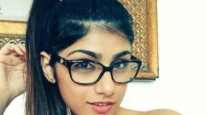 Bintang Porno Ini Menyesal, Video Panas Hancurkan Hidupnya Hingga Diancam Bunuh ISIS