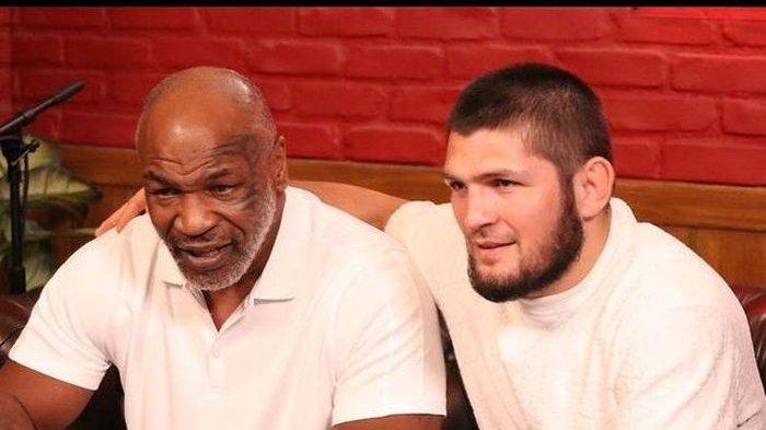 Tak Ada Lagi Pertarungan, Khabib Nurmagomedov Curhat ke Mike Tyson Soal Beratnya Jadi Pensiunan UFC