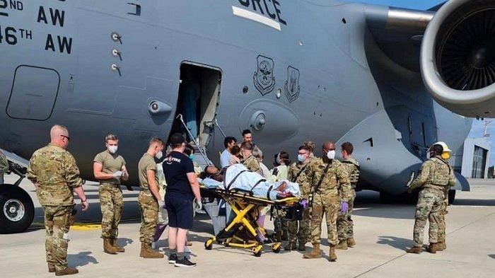 Wanita Afghanistan Melahirkan Dalam Pesawat AS saat Penerbangan Evakuasi, Ibu dan Bayi Selamat