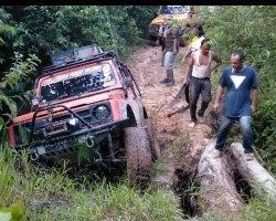 Petualangan Menuju Air Terjun Tamsar 27,  Tim The Bandits-IOF Langsa Terobos Hutan Aceh Tamiang