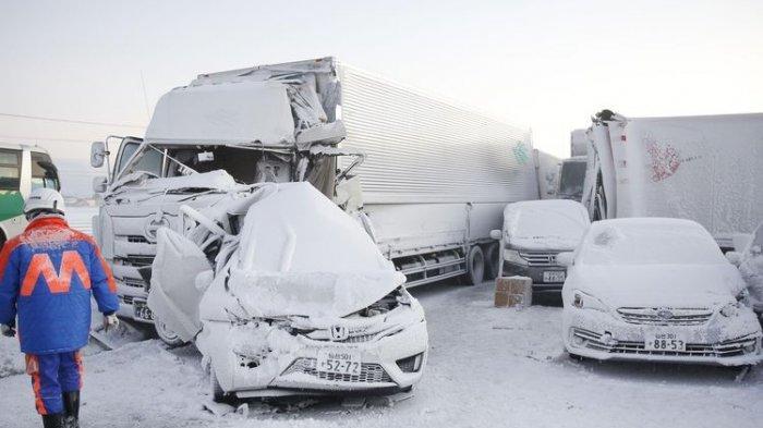Tabrakan Beruntun 134 Mobil di Jepang saat Salju Lebat, Satu Orang Tewas dan Belasan Terluka