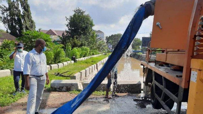 Dinas PUPR Kota Banda Aceh Kerahkan Mobil Pompa Air, Sedot Genangan di Sejumlah Lokasi