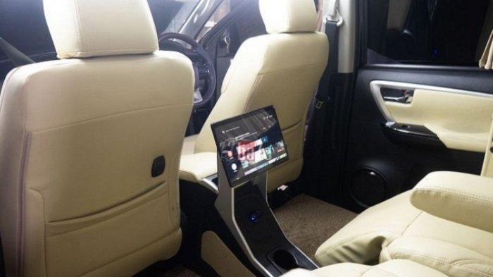 Interior Mobil SUV Disulap Jadi VIP Lounge, Rumah Modifikasi Siap Mewujudkannya