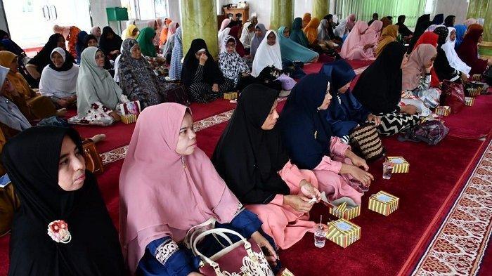 Tujuan untuk Kebaikan, Bolehkah Wanita Sedang Haid Ikut Pengajian di Masjid? Ini Penjelasan Ustadz