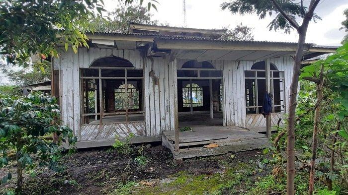 Masjid yang Dibangun Jokowi di Bener Meriah Dibalut Semak, Sebagian Dinding Mulai Lepas