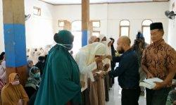 Siswa Yatim di MTsN 1 Nagan Raya Dapat Santunan