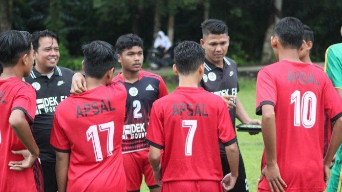 Pensiun Dini Akibat Cedera, Mantan Pemain Alumni Paraguay Latih PSBL Langsa U-17