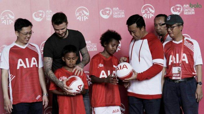 Senangnya Aidil Fasya, Murid SDN 8 Muara Batu Aceh Utara Jumpa David Beckham