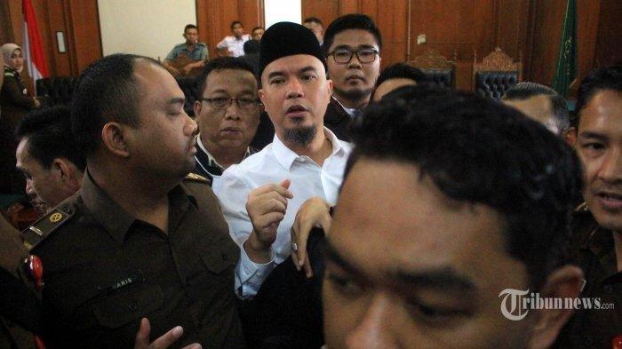 5 Fakta Kericuhan Sidang Ahmad Dhani di Surabaya, Jaksa dan Pengacara Saling Dorong
