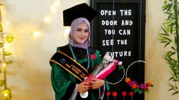 Nahya Fathanah Bentara,Juara Fotografi Calon Dokter Gigi
