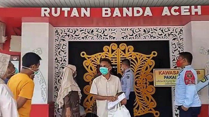 Karunia Jelang Idul Adha, 15 Napi Rutan Banda Aceh Bisa Berhari Raya di Rumah Bersama Keluarga