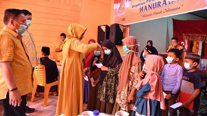 Peringati Milad ke 14, Hanura Kota Subulussalam Santuni Yatim