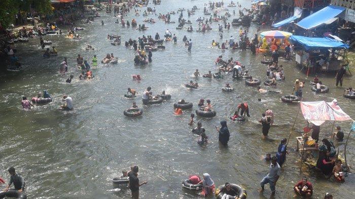 Hari Terakhir Libur Lebaran, Batee Iliek Dipadati Pengunjung dari Aceh Besar hingga Langsa