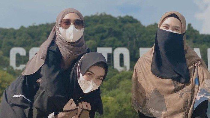 Bawa Misi Mulia, Ini 5 Momen Oki Setiana Dewi Pulang ke Batam, Membangun Rumah Tahfiz