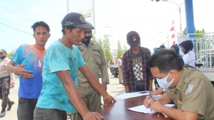 Tak Pakai Masker, 58 Warga di Sanksi Baca Ayat Alquran hingga Kutip Sampah di Lhokseumawe