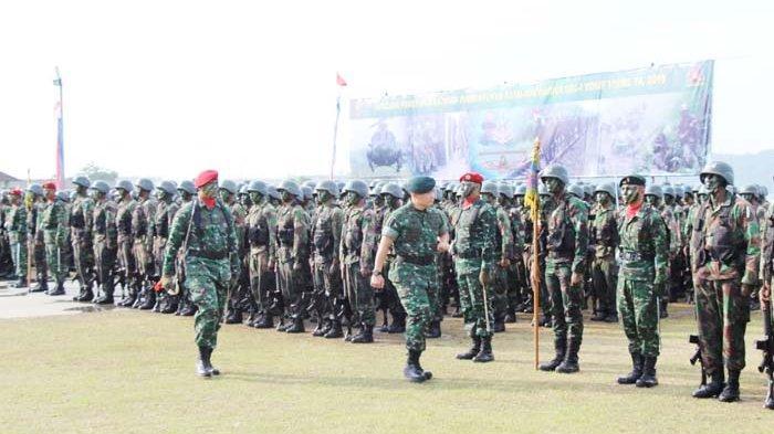 Pangdam Tutup Latihan Pembentukan Yonif Raider 115/ML