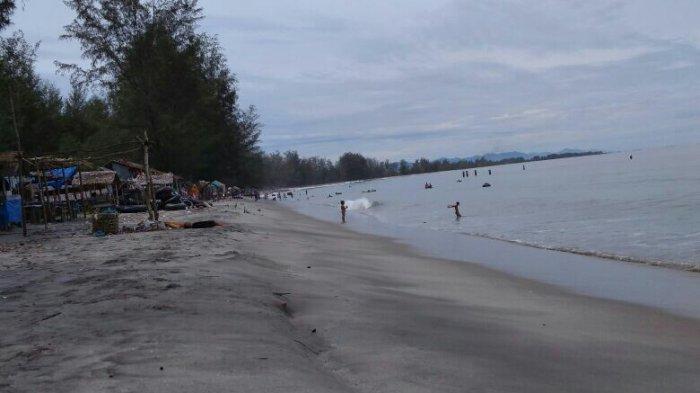 Sempat Dipenuhi Sampah, Pantai Cemara Indah Aceh Singkil Kembali Memesona