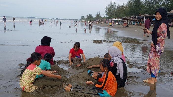 Pemkab Pidie Jaya akan Bangun Pusat Kuliner dan Penjualan Ragam Produk UMKM Khas di Pantai Kuthang