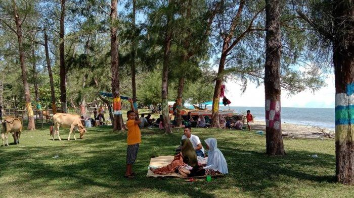 Pantai Teluk Bayu Kayu Menang Jadi Objek Wisata Alternatif Berlibur bagi Warga Aceh Singkil